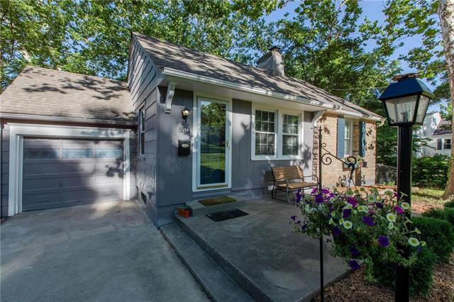5511 Goodman Street, Merriam, KS 66202 (#2172929) :: Team Real Estate