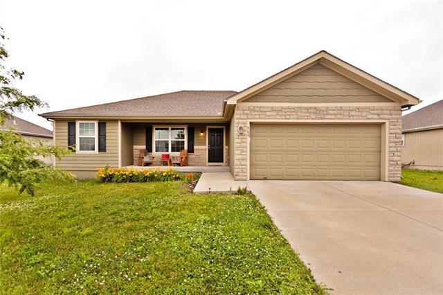 565 S Maple Street, Gardner, KS 66030 (#2172971) :: Team Real Estate