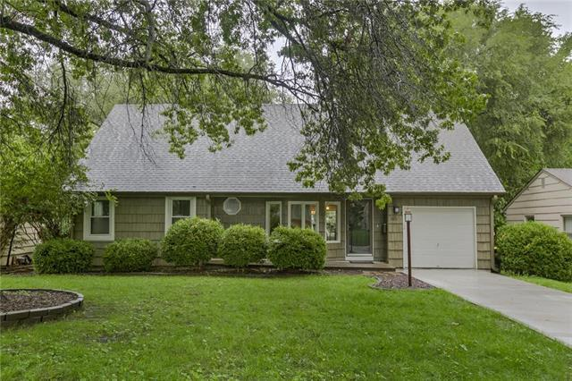 3610 W 74th Street, Prairie Village, KS 66208 (#2173110) :: Team Real Estate