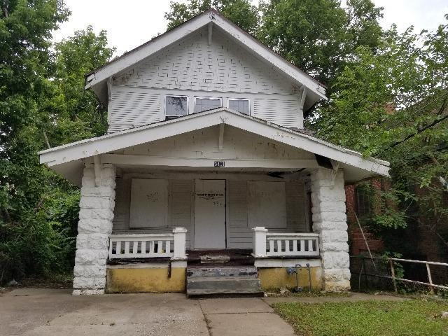 3411 36th Street, Kansas City, MO 64128 (#2173124) :: House of Couse Group
