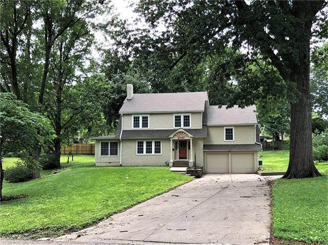 2757 Fairleigh Terrace, St Joseph, MO 64506 (#2173203) :: Team Real Estate
