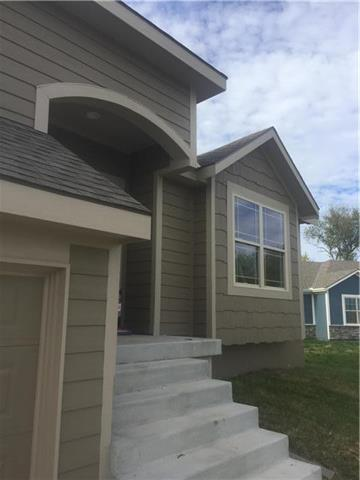 19961 W 220th Terrace, Spring Hill, KS 66083 (#2173226) :: Eric Craig Real Estate Team