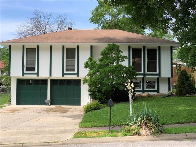 1708 Evergreen Street, Leavenworth, KS 66048 (#2173256) :: DHG Network