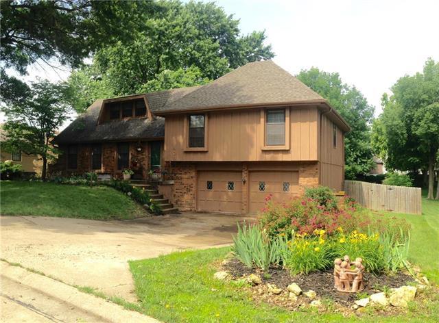 406 Tanglewood Drive, St Joseph, MO 64506 (#2173262) :: Team Real Estate