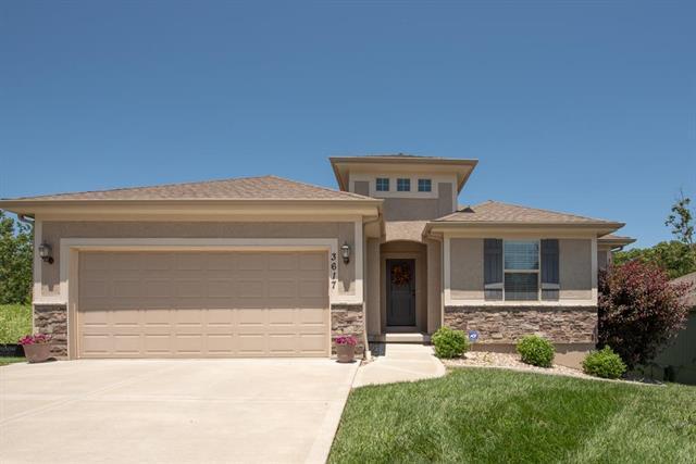 3617 N 112th Terrace, Kansas City, KS 66109 (#2173275) :: Eric Craig Real Estate Team