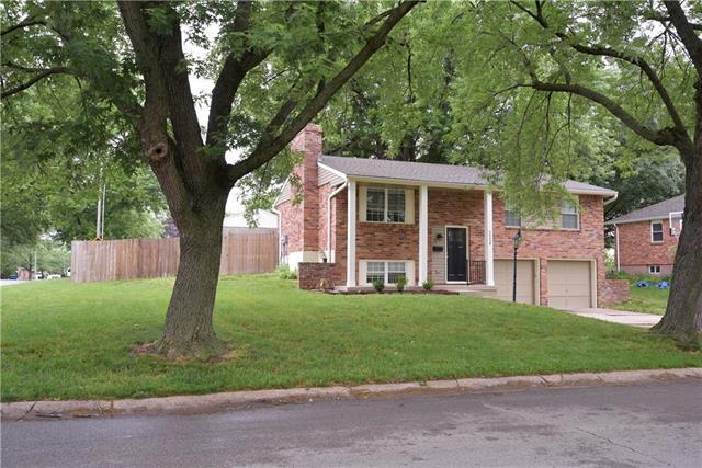 3536 Kendall Drive, Independence, MO 64055 (#2173278) :: Team Real Estate