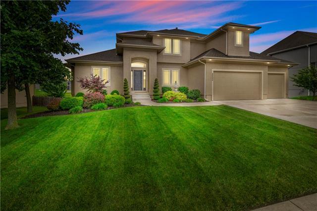 9004 SW 1st Street, Blue Springs, MO 64015 (#2173306) :: Team Real Estate