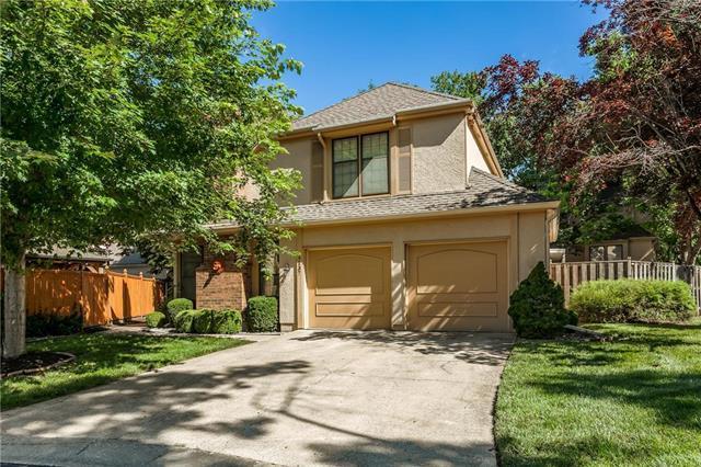 9137 W 102nd Terrace, Overland Park, KS 66212 (#2173319) :: Kedish Realty Group at Keller Williams Realty