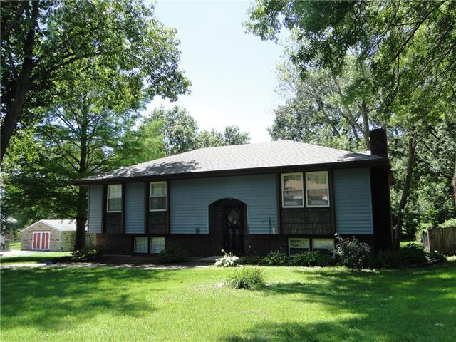 1304 Randall Road, Independence, MO 64055 (#2173397) :: Eric Craig Real Estate Team