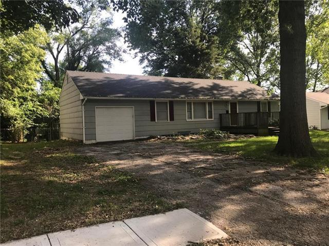 9703 E 80th Terrace, Raytown, MO 64138 (#2173418) :: Stroud & Associates Keller Williams - Powered by SurRealty Network