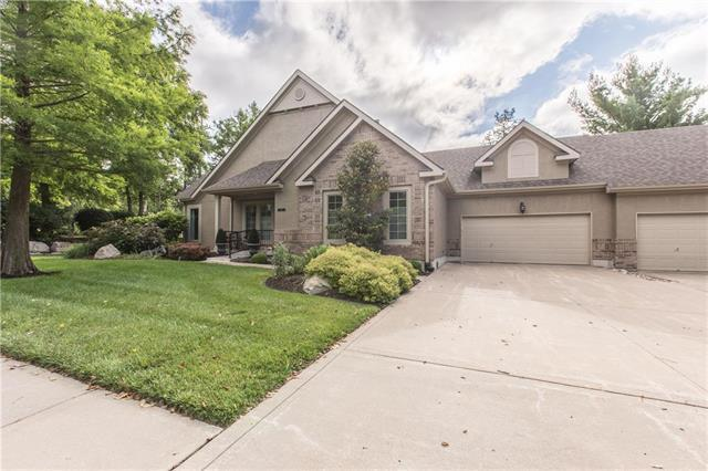 7205 Legler Street, Shawnee, KS 66217 (#2173614) :: Clemons Home Team/ReMax Innovations