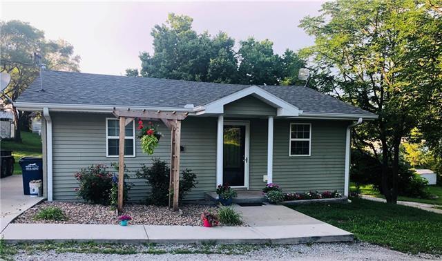 411 E Corrine Street, Gallatin, MO 64640 (#2173640) :: Dani Beyer Real Estate