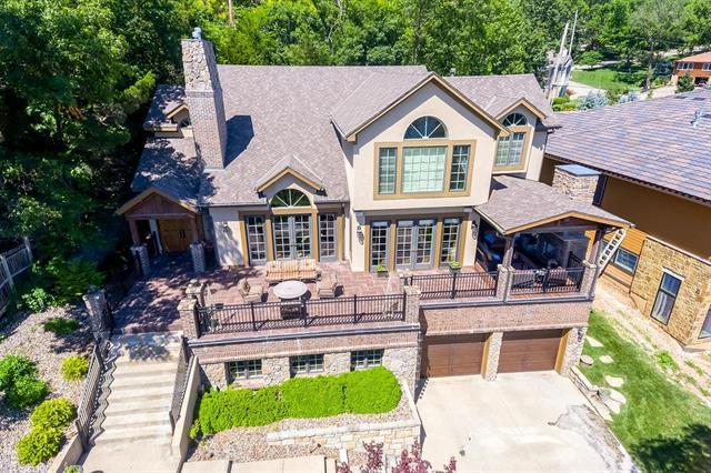 485 Lakeshore Street, Lake Quivira, KS 66217 (#2173670) :: Team Real Estate