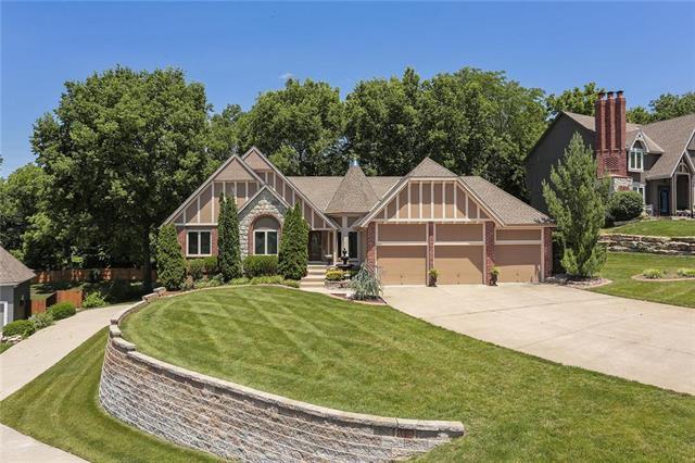 6680 NW Monticello Drive, Parkville, MO 64152 (#2173826) :: Eric Craig Real Estate Team