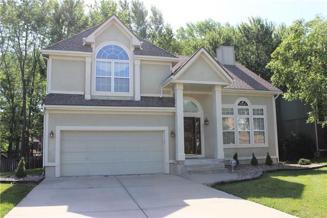 6013 NE Turquoise Drive, Lee's Summit, MO 64064 (#2174027) :: No Borders Real Estate