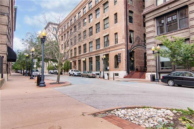 308 W 8th Street #508, Kansas City, MO 64105 (#2174033) :: Clemons Home Team/ReMax Innovations