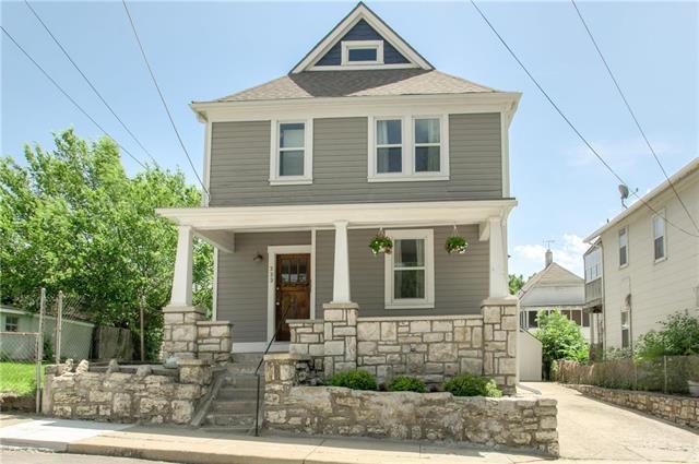 333 Ord Street, Kansas City, MO 64124 (#2174104) :: Clemons Home Team/ReMax Innovations