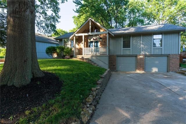 4921 S Kendall Drive, Independence, MO 64055 (#2174158) :: Clemons Home Team/ReMax Innovations