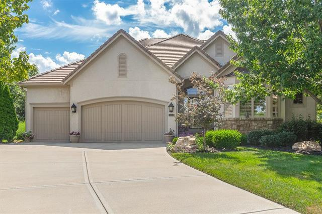 11342 Granada Court, Leawood, KS 66211 (#2174239) :: Eric Craig Real Estate Team