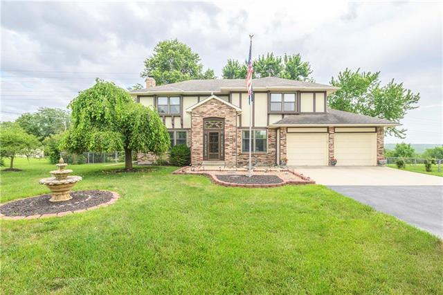 27747 W 89th Street, Lenexa, KS 66227 (#2174288) :: Kansas City Homes
