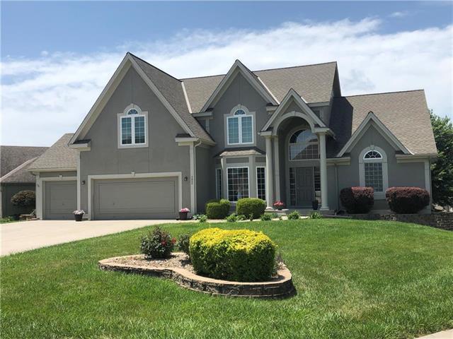 7820 N Hull Avenue, Kansas City, MO 64151 (#2174456) :: Kansas City Homes