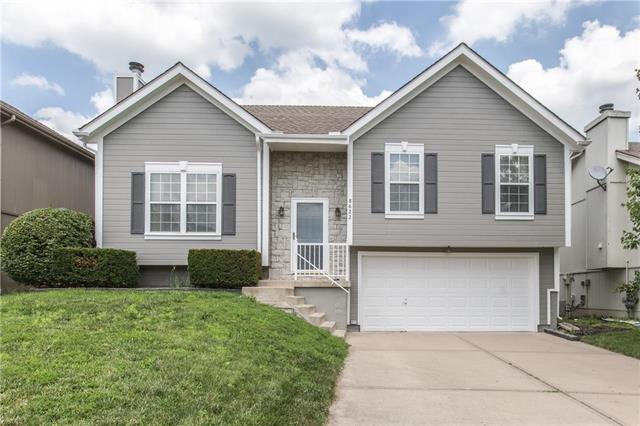 8622 NE 110TH Street, Kansas City, MO 64157 (#2174751) :: Dani Beyer Real Estate