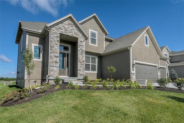 16948 S Hunter Street, Olathe, KS 66062 (#2174895) :: Kansas City Homes
