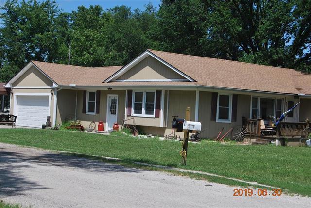 311 W Park Street, Pleasanton, KS 66075 (#2175107) :: Team Real Estate