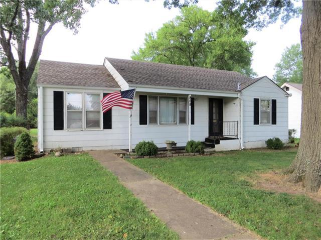 808 W Dakota Street, Butler, MO 64730 (#2175254) :: Eric Craig Real Estate Team