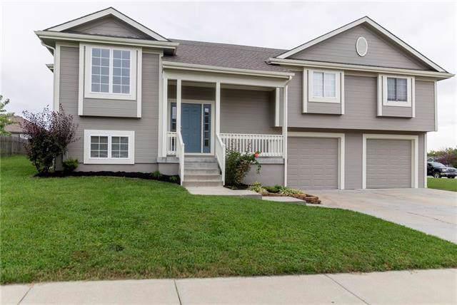 1014 E 16th Street, Kearney, MO 64060 (#2175488) :: Kansas City Homes