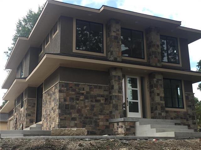2201 W 73 Terrace, Prairie Village, KS 66208 (#2175509) :: The Shannon Lyon Group - ReeceNichols