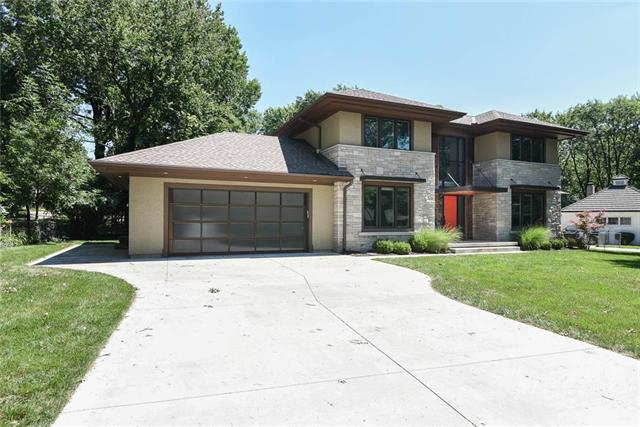 3012 W 91st Street, Leawood, KS 66206 (#2175615) :: House of Couse Group