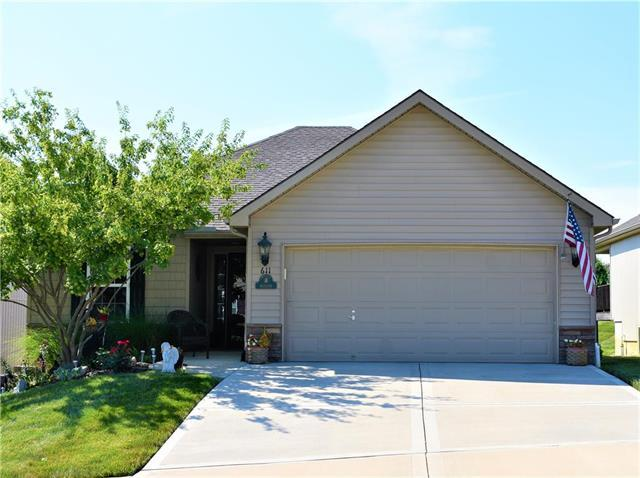 611 E Porter Ridge Court, Kearney, MO 64060 (#2175667) :: Clemons Home Team/ReMax Innovations