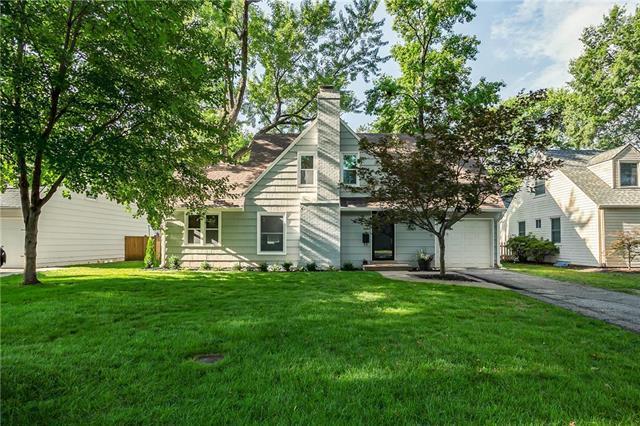 3923 W 73rd Terrace, Prairie Village, KS 66208 (#2175795) :: The Shannon Lyon Group - ReeceNichols