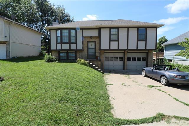 10815 Cleveland Avenue, Kansas City, KS 66109 (#2175874) :: House of Couse Group