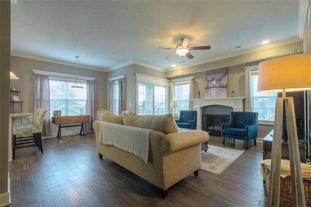 16005 Fontana Street #210, Overland Park, KS 66085 (#2176075) :: Clemons Home Team/ReMax Innovations
