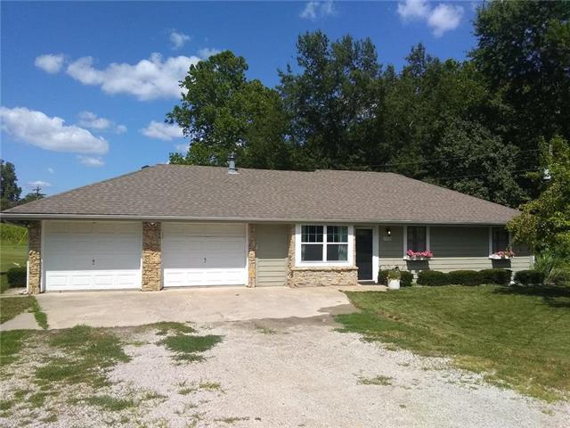 7990 Kara Lane, Platte City, MO 64079 (#2176138) :: Dani Beyer Real Estate