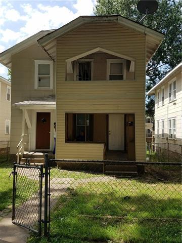 3511 Roberts Street, Kansas City, MO 64124 (#2176140) :: Clemons Home Team/ReMax Innovations