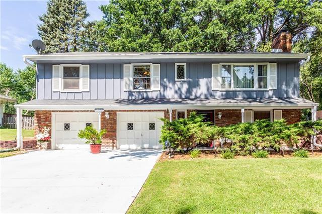 1108 N Ridge Avenue, Liberty, MO 64068 (#2176141) :: Kansas City Homes
