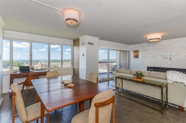 2510 Grand Boulevard #1404, Kansas City, MO 64108 (#2176180) :: Eric Craig Real Estate Team