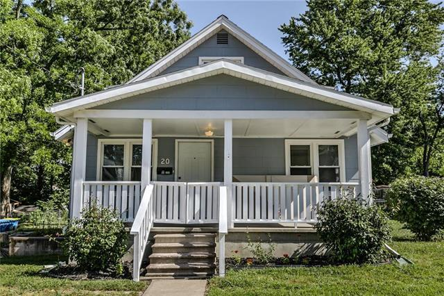 20 Cedar Street, Liberty, MO 64068 (#2176193) :: Dani Beyer Real Estate