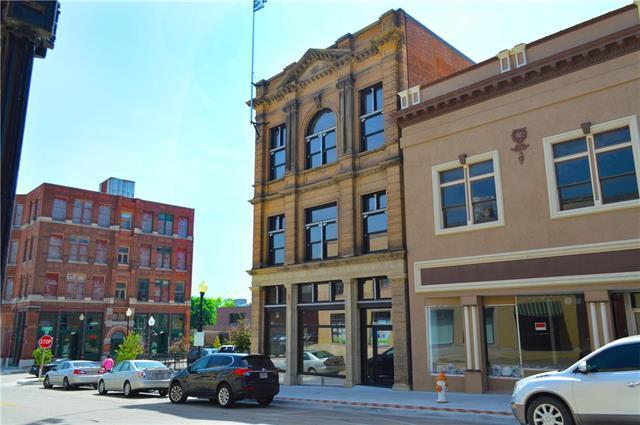 116 S 7th Street, St Joseph, MO 64501 (#2176271) :: Clemons Home Team/ReMax Innovations