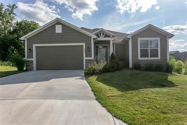 9905 Webster Lane, Kansas City, KS 66109 (#2176350) :: House of Couse Group