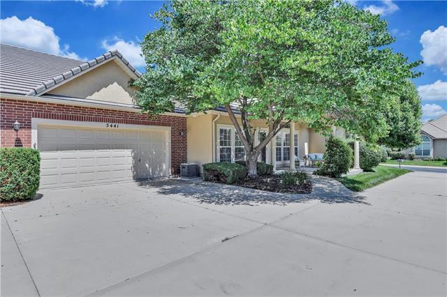 5441 W 145th Terrace, Leawood, KS 66224 (#2176627) :: Clemons Home Team/ReMax Innovations