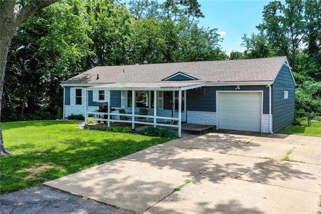 6113 NE 50th Street, Kansas City, MO 64119 (#2176675) :: Kansas City Homes