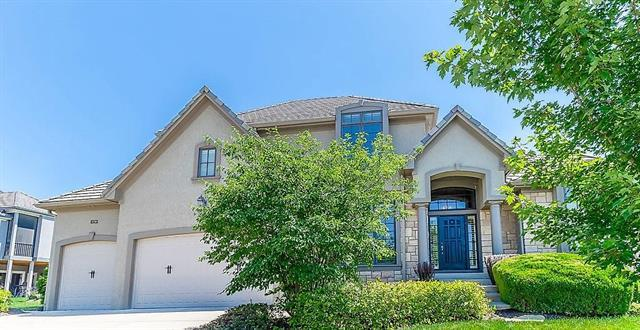 8290 Shoreline Drive, Parkville, MO 64152 (#2176697) :: House of Couse Group