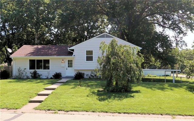 4837 Melrose Lane, Shawnee, KS 66203 (#2176734) :: Team Real Estate