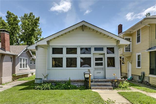 2109 Erie Street, North Kansas City, MO 64116 (#2176803) :: Dani Beyer Real Estate