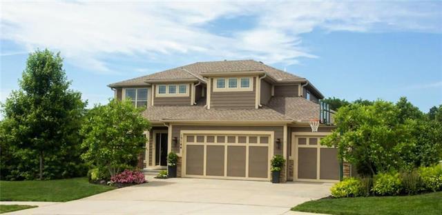 15144 Cherry Court, Parkville, MO 64152 (#2176815) :: Kansas City Homes