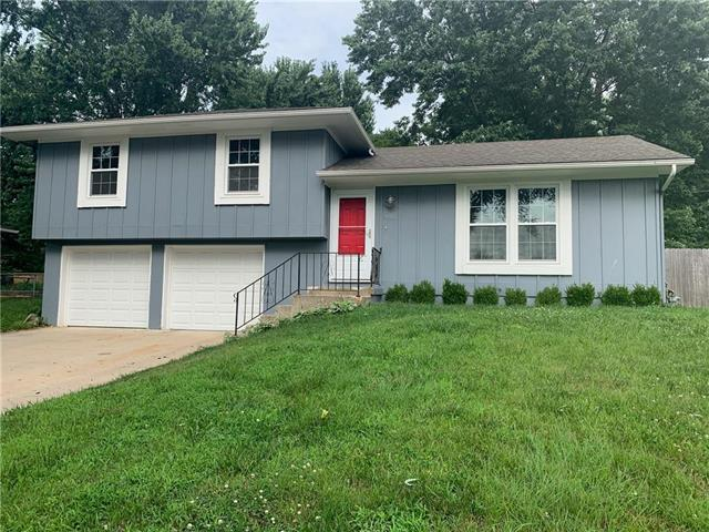 405 Osage Street, Harrisonville, MO 64701 (#2176822) :: House of Couse Group